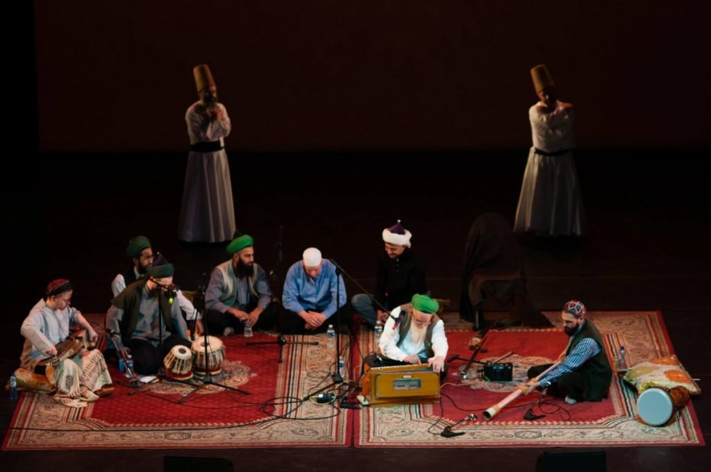 Sheikh Hassan y grupo